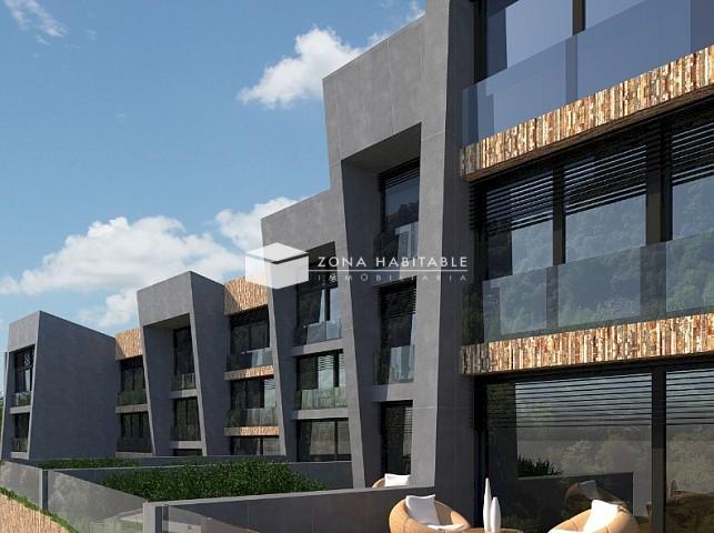 Casa adossada en venda a El Vilar, 4 habitacions, 350 metres