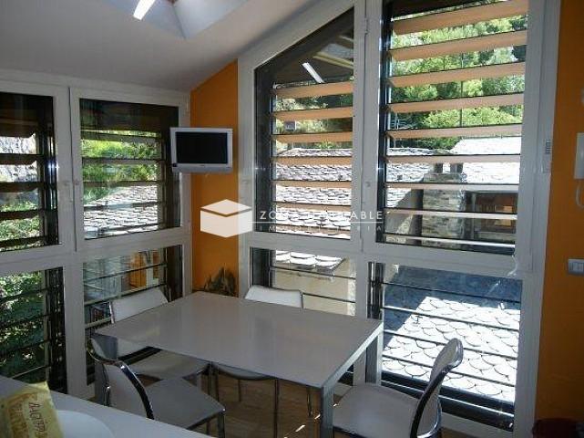 Xalet en venda a La Cortinada, 3 habitacions, 315 metres