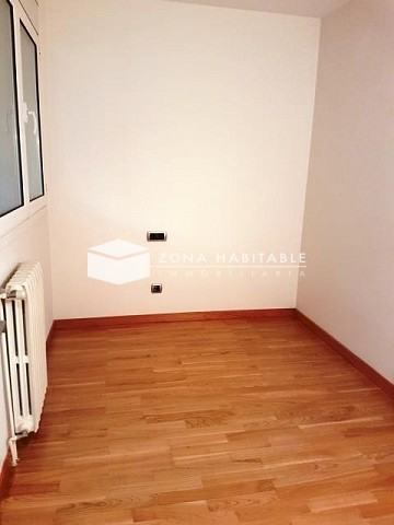 Pis de lloguer a Andorra la Vella, 4 habitacions, 120 metres
