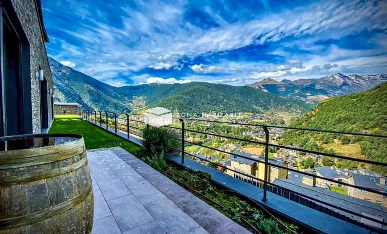 Xalet en venda a Anyós, 4 habitacions, 1120 metres