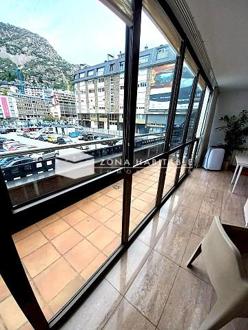 Pis en venda a Andorra la Vella, 3 habitacions, 73 metres